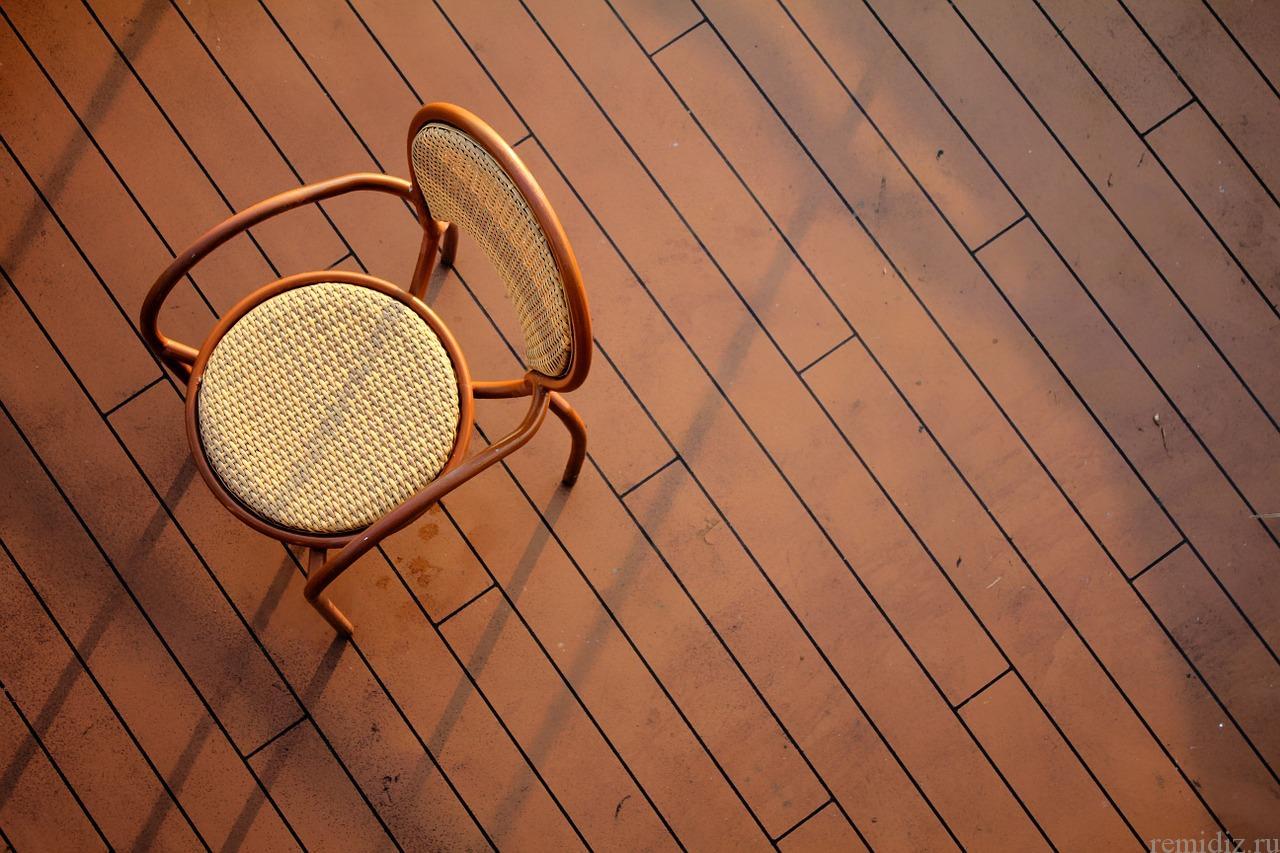 Напольные покрытия для дома из штучных материалов.
